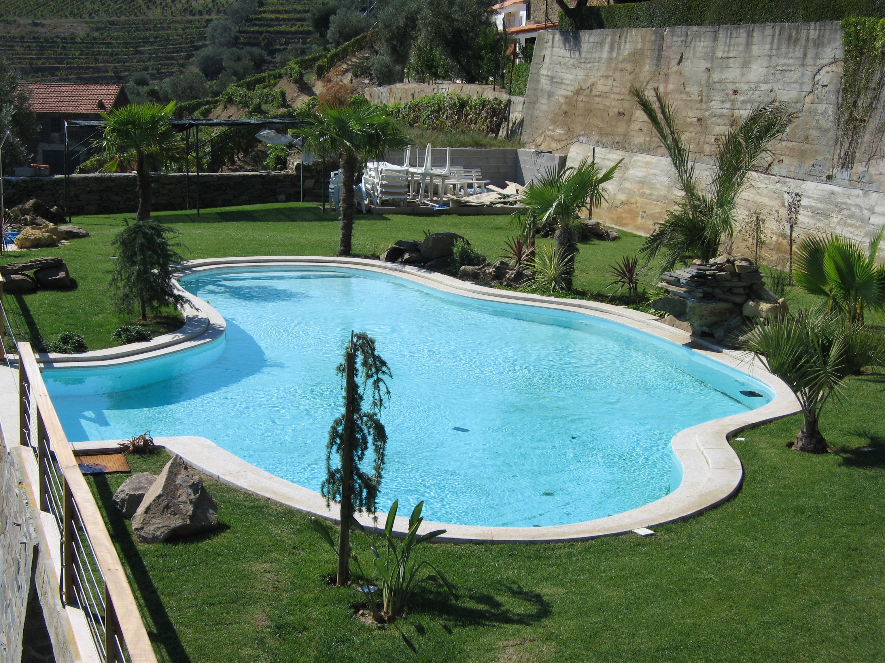 Piscina residencial com vista para o douro reken piscinas for Piscina residencial